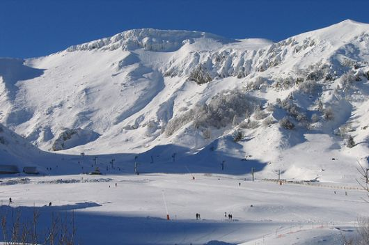 le mont dore ski resort guide ski area ski accommodation in the area of massif de sancy